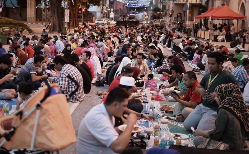 مراسمماه رمضان در اندونزی
